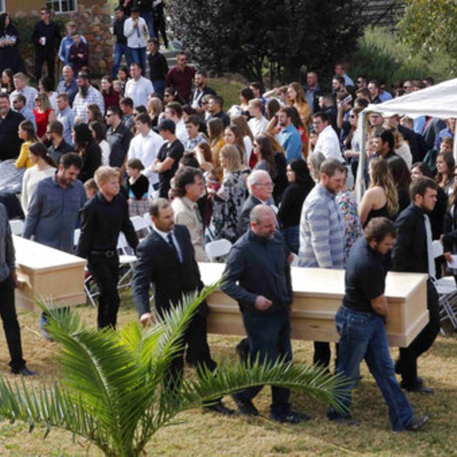 Un momento de los funerales de Dawna Ray Langford y sus hijos Trevor y Rogan, celebrados el pasado jueves.