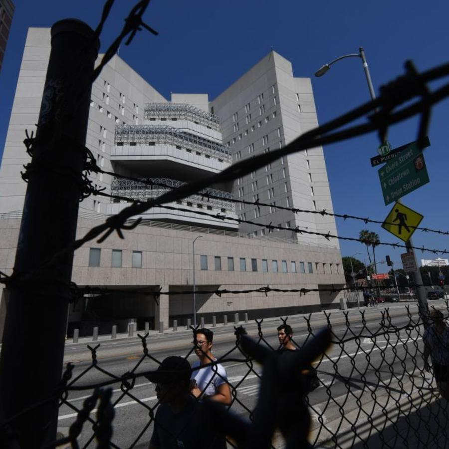 El principal centro de detención de ICE se ve en el centro de Los Ángeles, California, el 14 de julio de 2019.