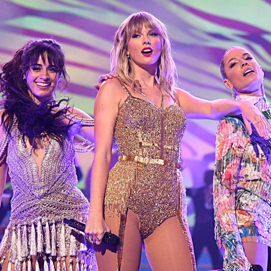 Camila Cabello and Taylor Swift at AMAs