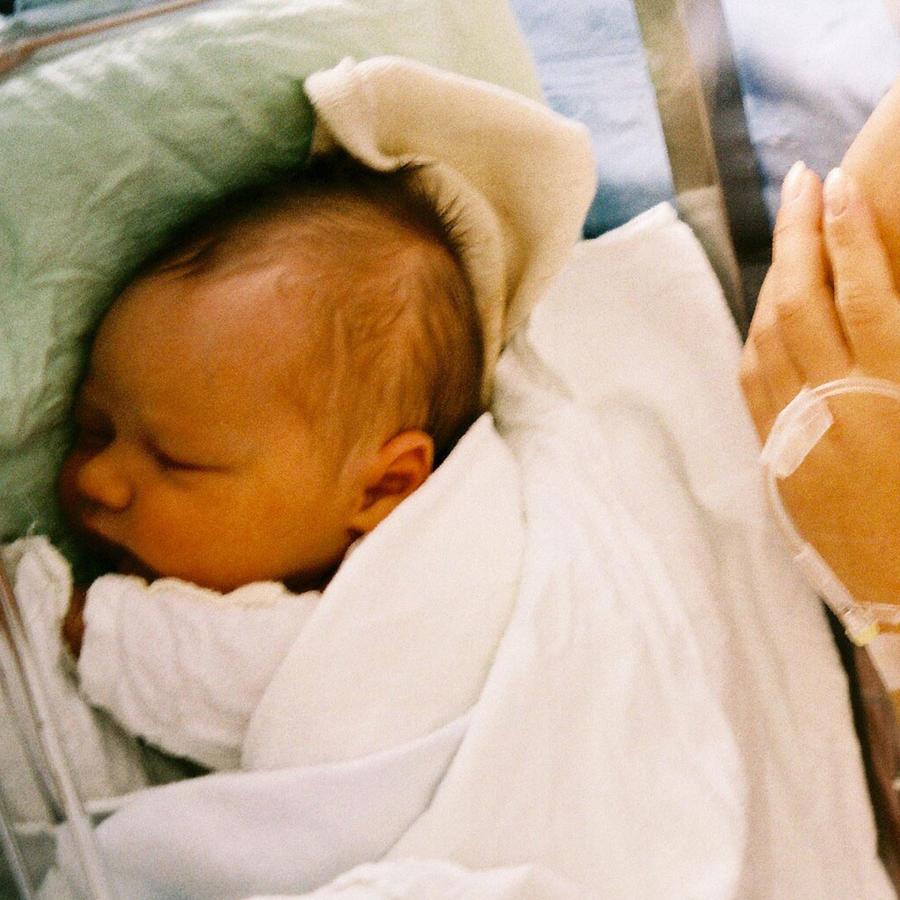 Bebé en hospital