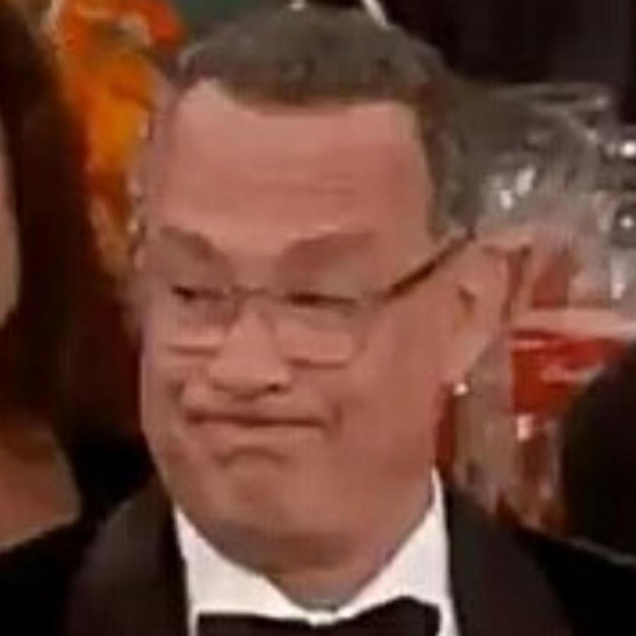 Meme de Tom Hanks  en los Golden Globes 2020