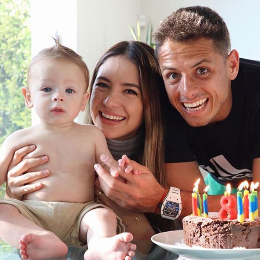"""Javier """"Chicharito"""" Hernández  con su familia"""