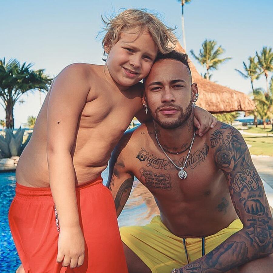Neymar y su hijo Davi Lucca