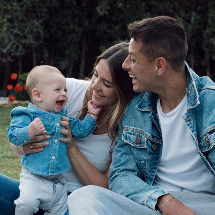 Chicharito y su familia