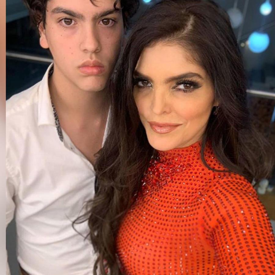 Ana Bárbara con su hijo Emilio Levy