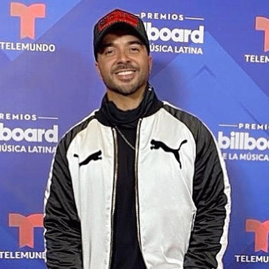 Luis Fonsi en el ensayo de los Premios Billboard