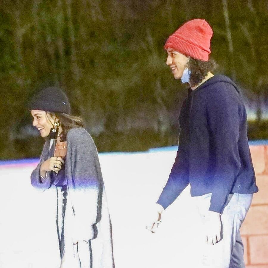Vanessa Hudgens y Cole Tucker
