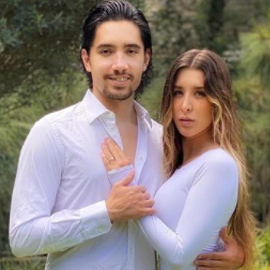 Alex Fernández y su novia Alexia Hernández.