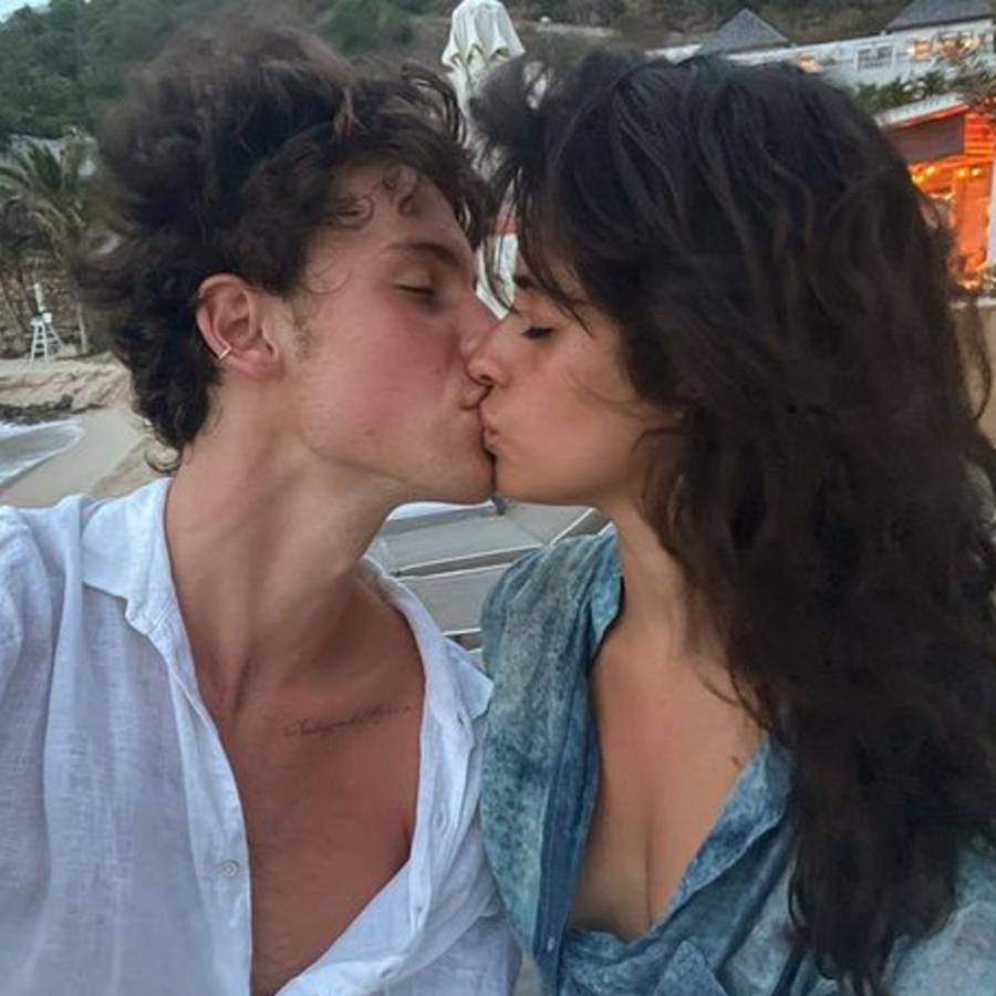 Camila Cabello y Shawn Mendes en el Caribe