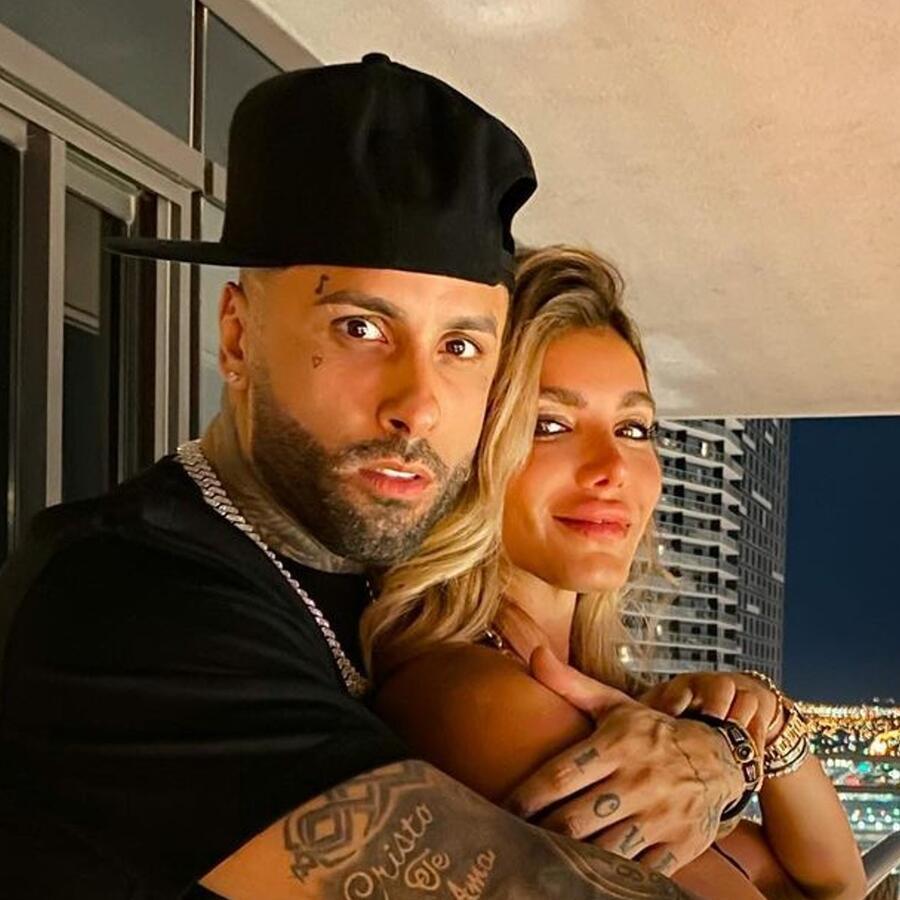 Nicky Jam y Aleska Genesis