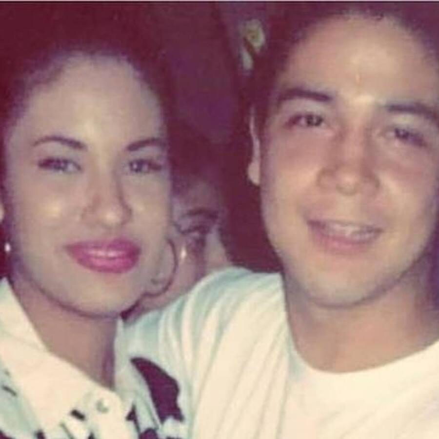 Selena Quintanilla con Chris Perez