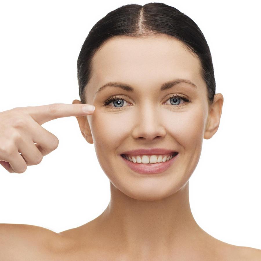 Mujer cuidado piel rostro