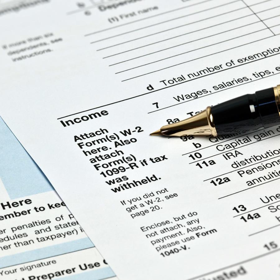 Formulario de impuestos en la sección de ingresos