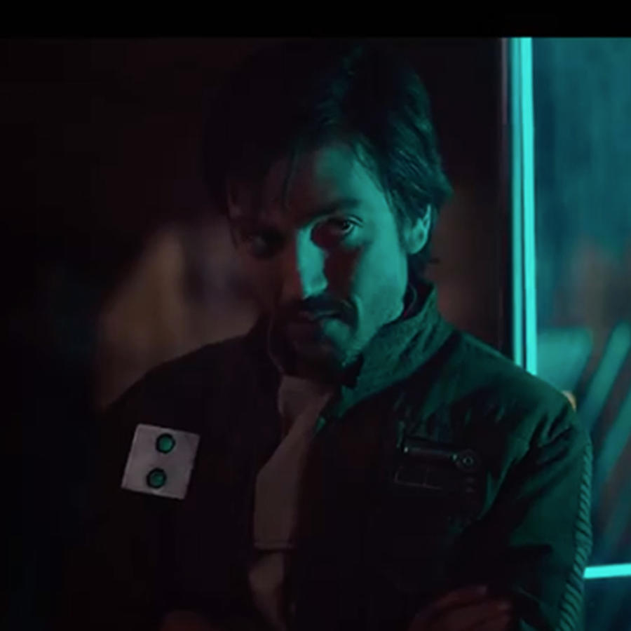 "Diego Luna en ""Rogue One: A Star Wars Story"""