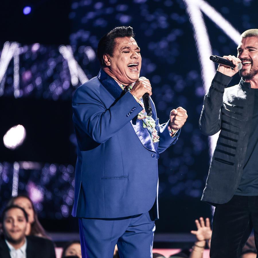 Juan Gabriel  Juanes Premios Billboard 2016