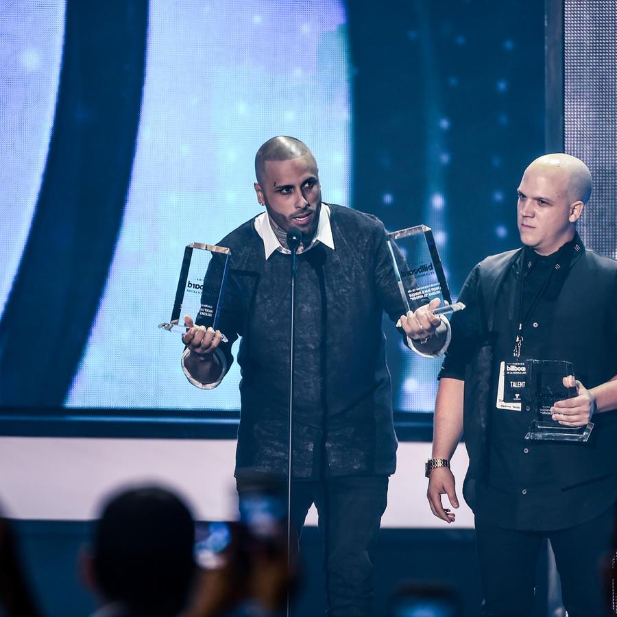 Nicky Jam gana en Premios Billboard 2016