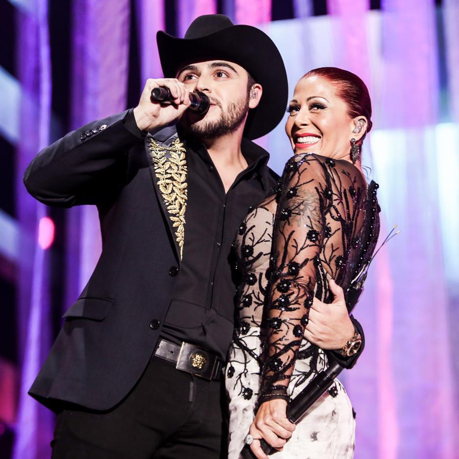 Gerardo Ortíz Alejandra Guzmán Premios Billboards 2016