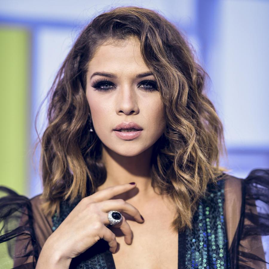 Carolina Miranda en los Latin American Music Awards 2016