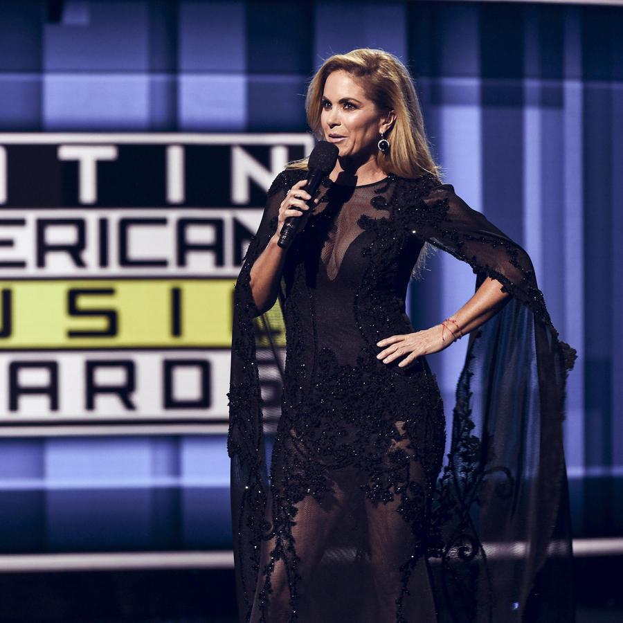 Lucero en los Latin American Music Awards 2016