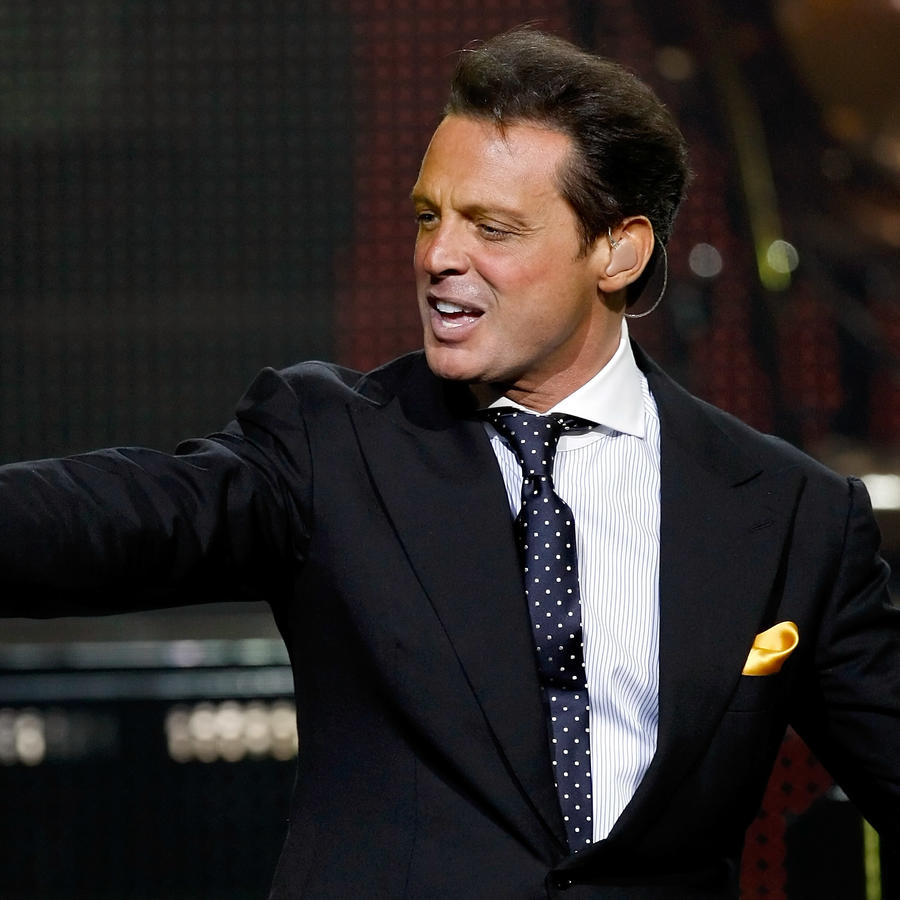 Luis Miguel In Concert At The Colosseum At Caesars Palace