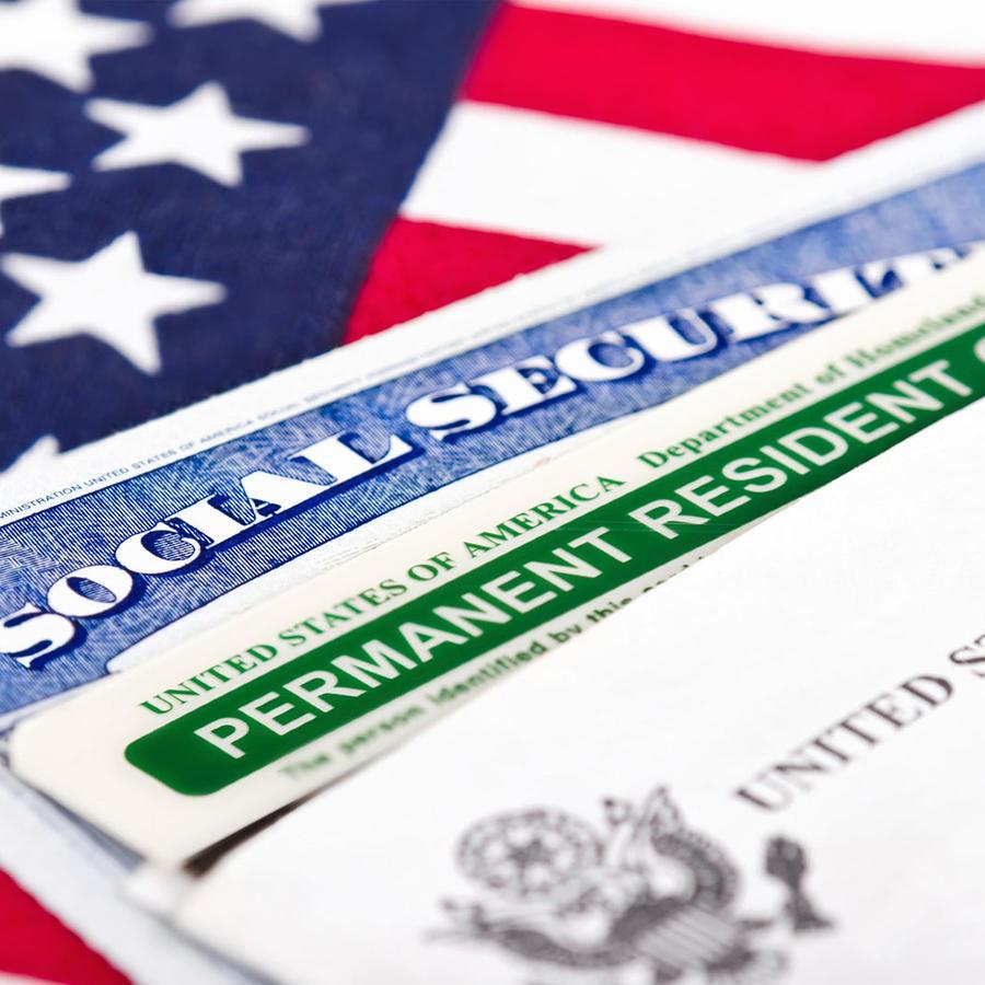 Trajeta de residencia sobre una tarjeta de Social Security