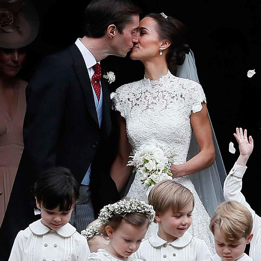 Pippa Middleton y James Matthews y su beso como esposos