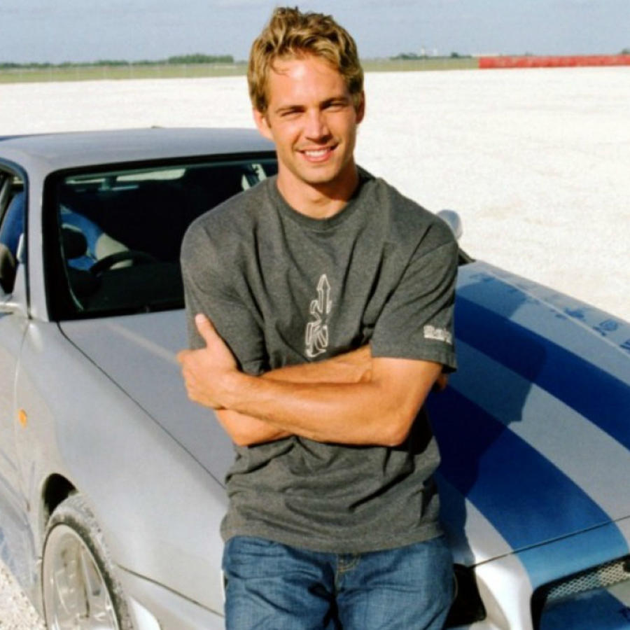 "Paul Walker como su personaje Brian en ""The Fast and the Furious""."