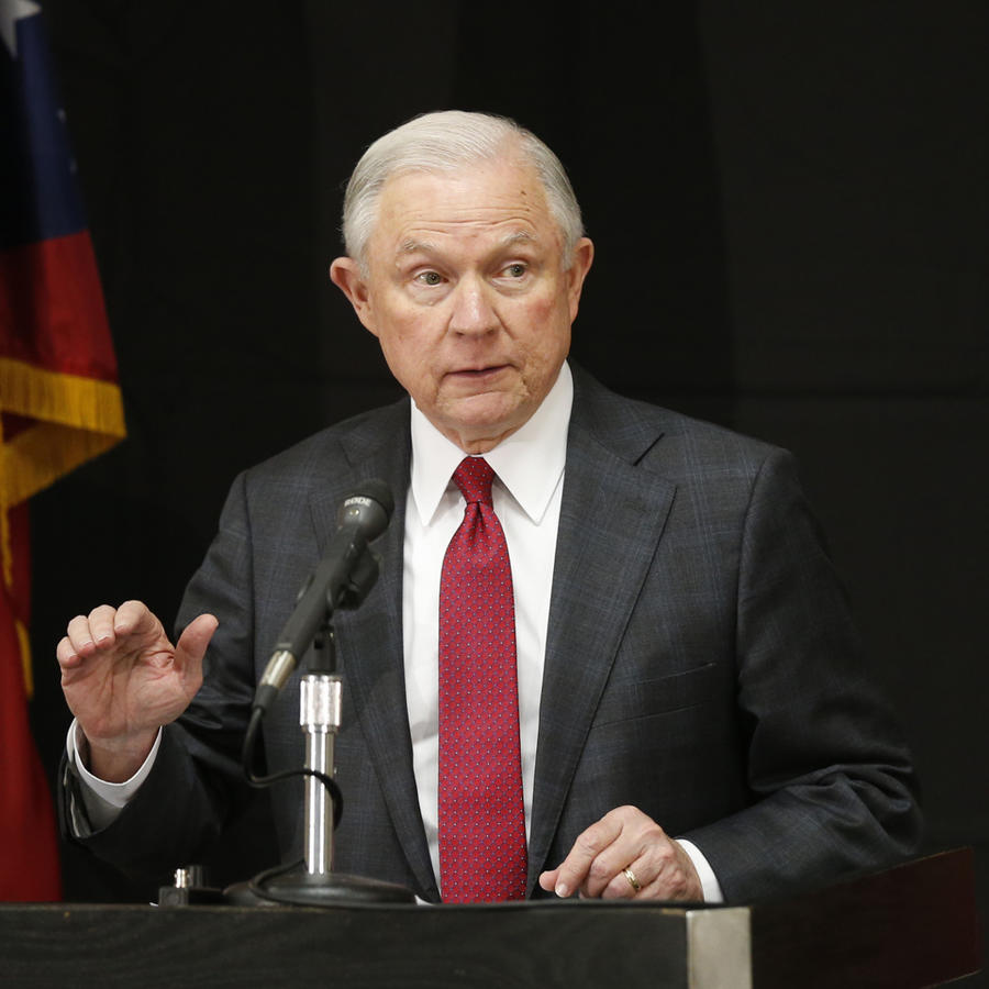 El fiscal general de EEUU, Jeff Sessions en conferencia de prensa
