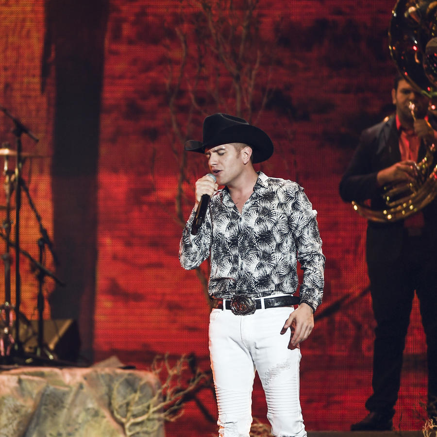 El Dasa en Premios Tu Mundo 2017