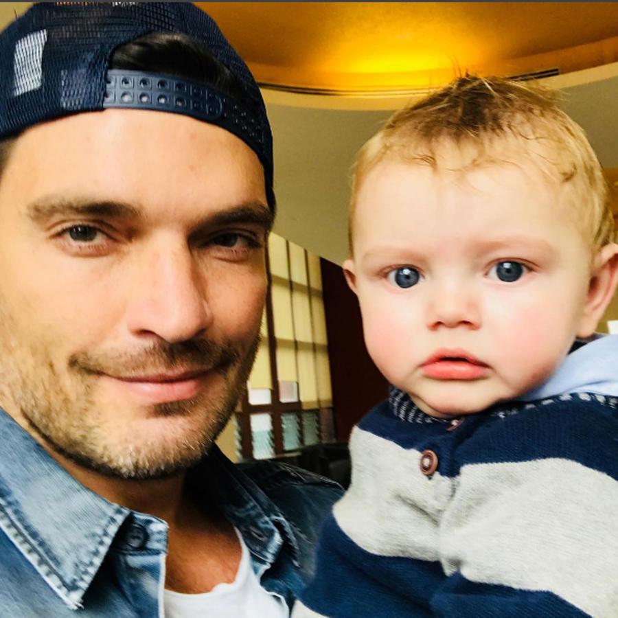 Julián Gil con su hijo Matías