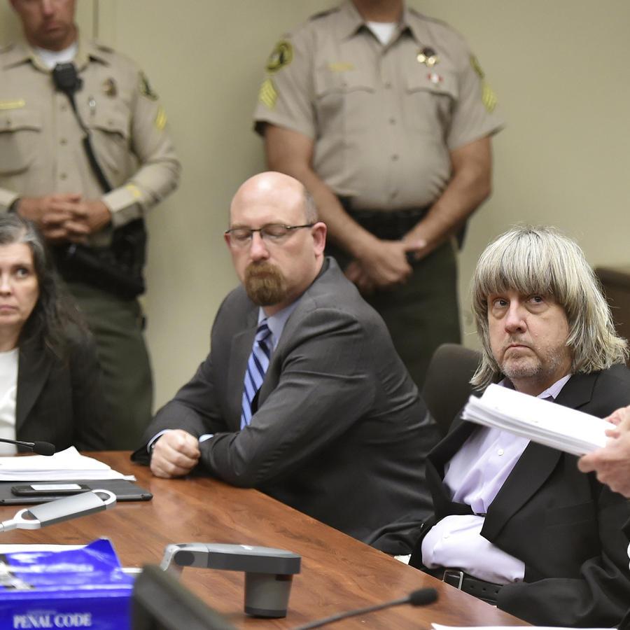 David Allen Turpin y Louise Anna Turpin enfrentan 38 cargos.