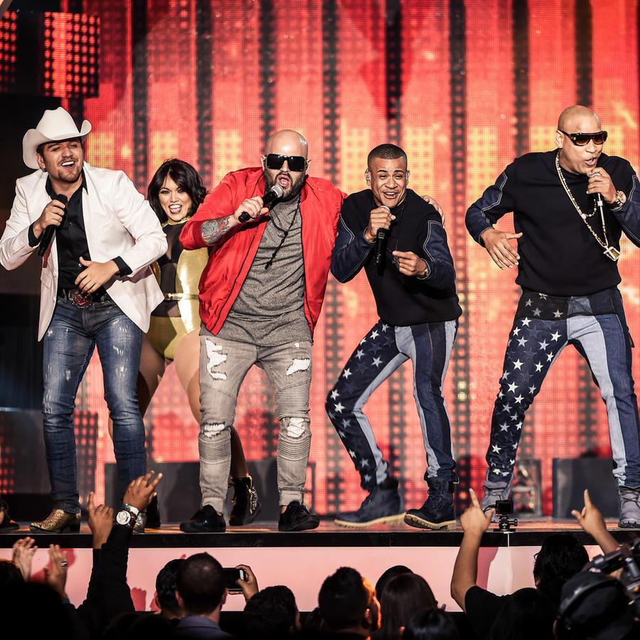 El Dasa Papayo Gente de Zona Farruko Premios Billboard 2016