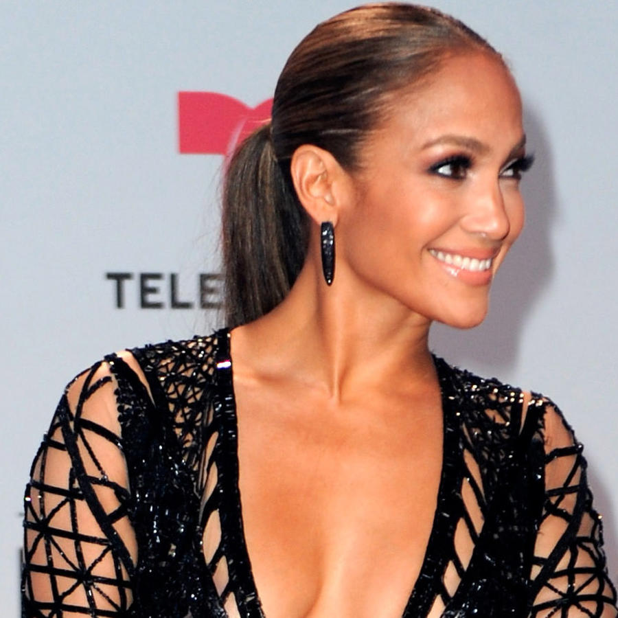 Jennifer Lopez en los Billboard Latin Music Awards - Arrivals