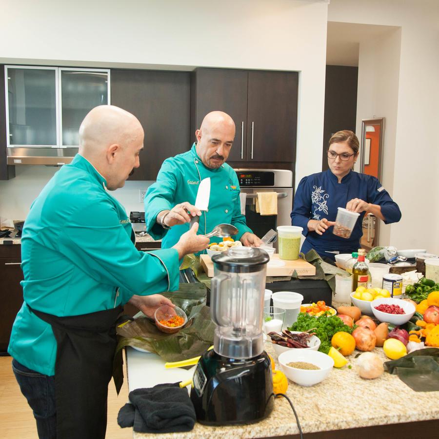 Los jueces cocinan en Top Chef Estrellas