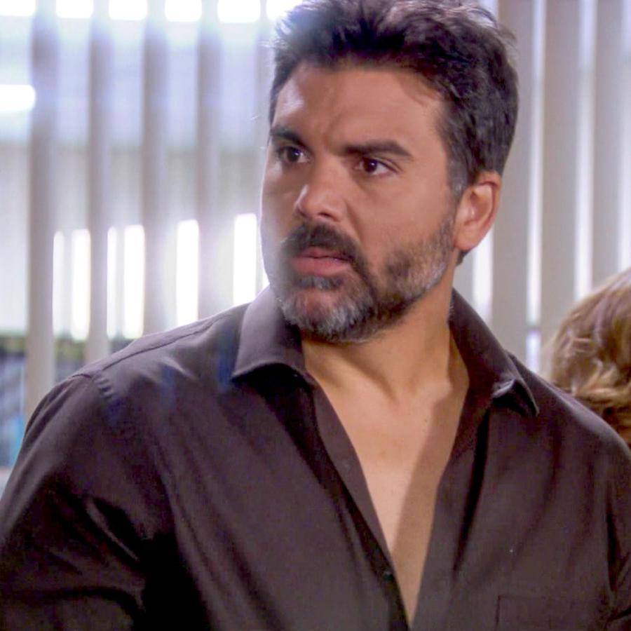 Jorge Luis Pila bravo en Eva La Trailera