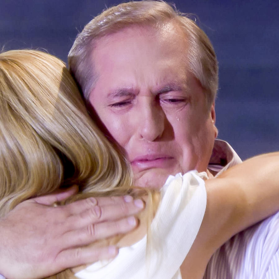 Roberto Escobar, Antonio José, llorando, Silvana Sin Lana