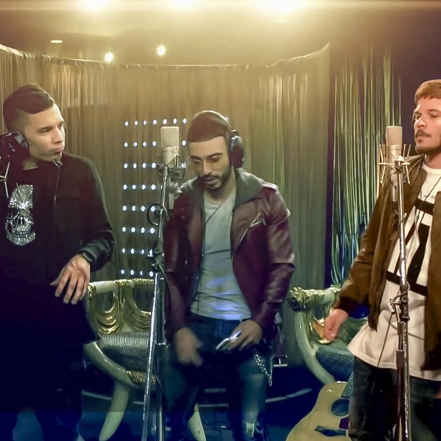 Christián Pagán, Pedro Capó y Luis Figueroa cantando en Guerra de Ídolos