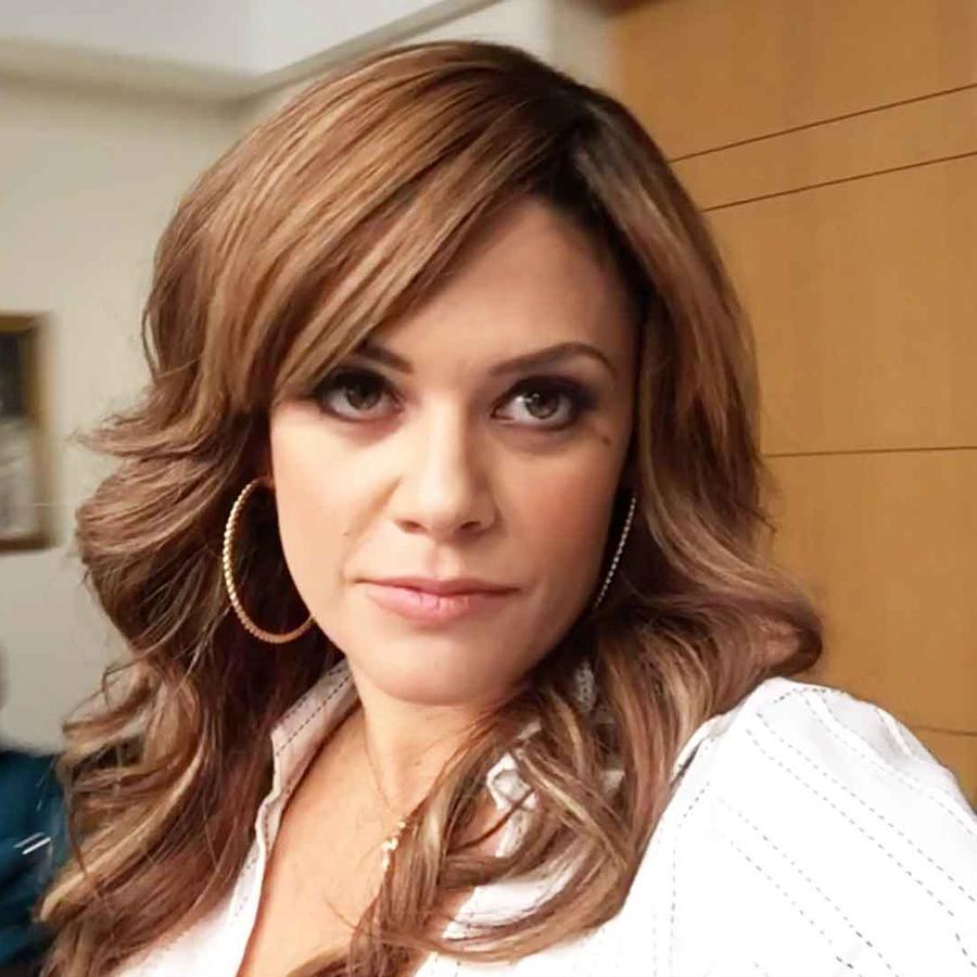 Angelica Celaya en Mariposa de Barrio
