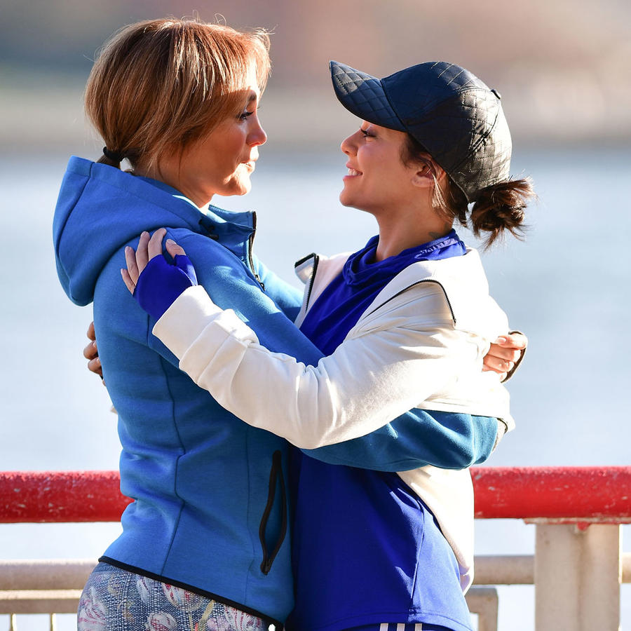 Jennifer Lopez con Vanessa Hudgens