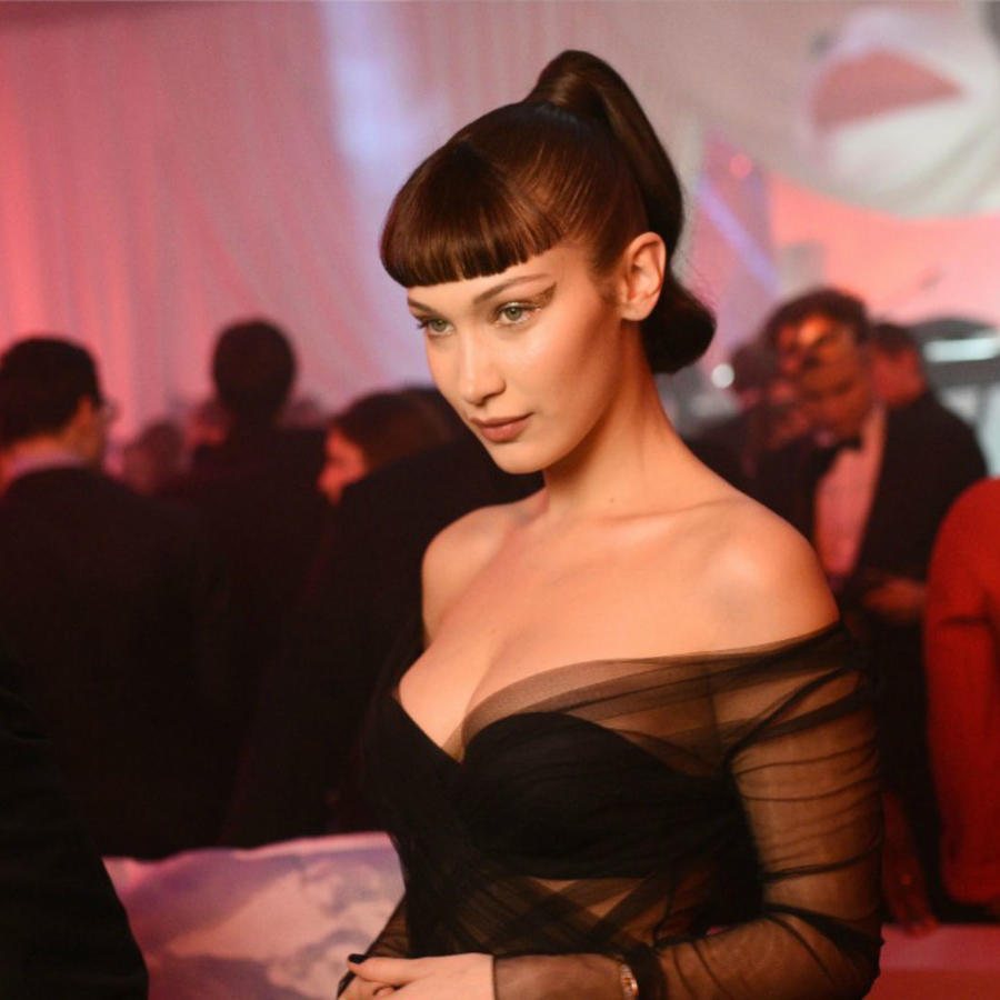 Bella Hadid en la Semana de la Moda de París