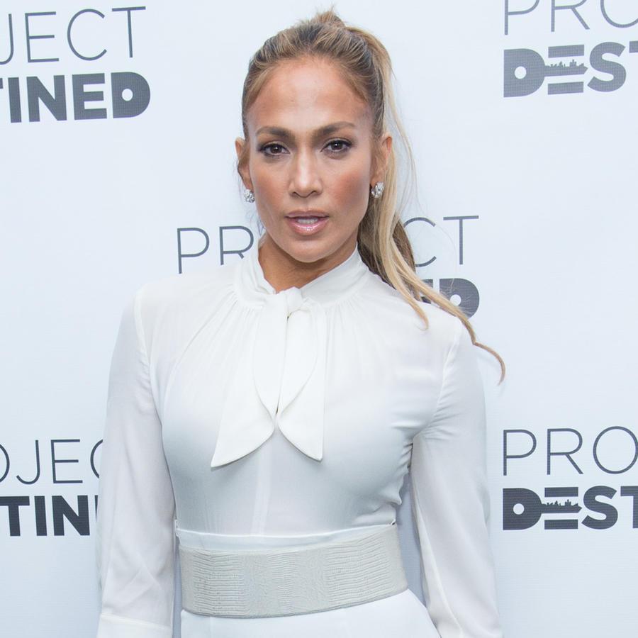 Jennifer Lopez en Project Destined
