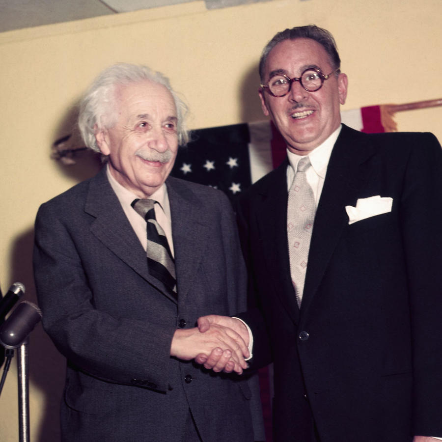 9 frases célebres del físico Albert Einstein