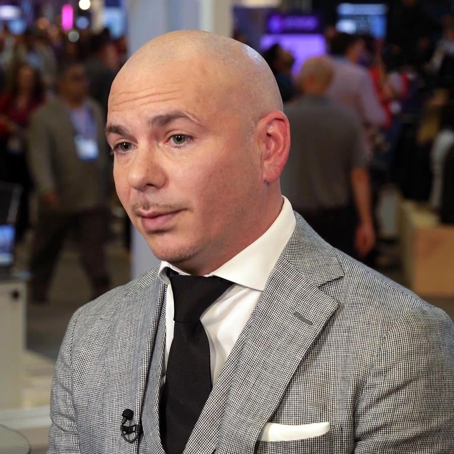 Pitbull nos revela una lección sobre el dinero