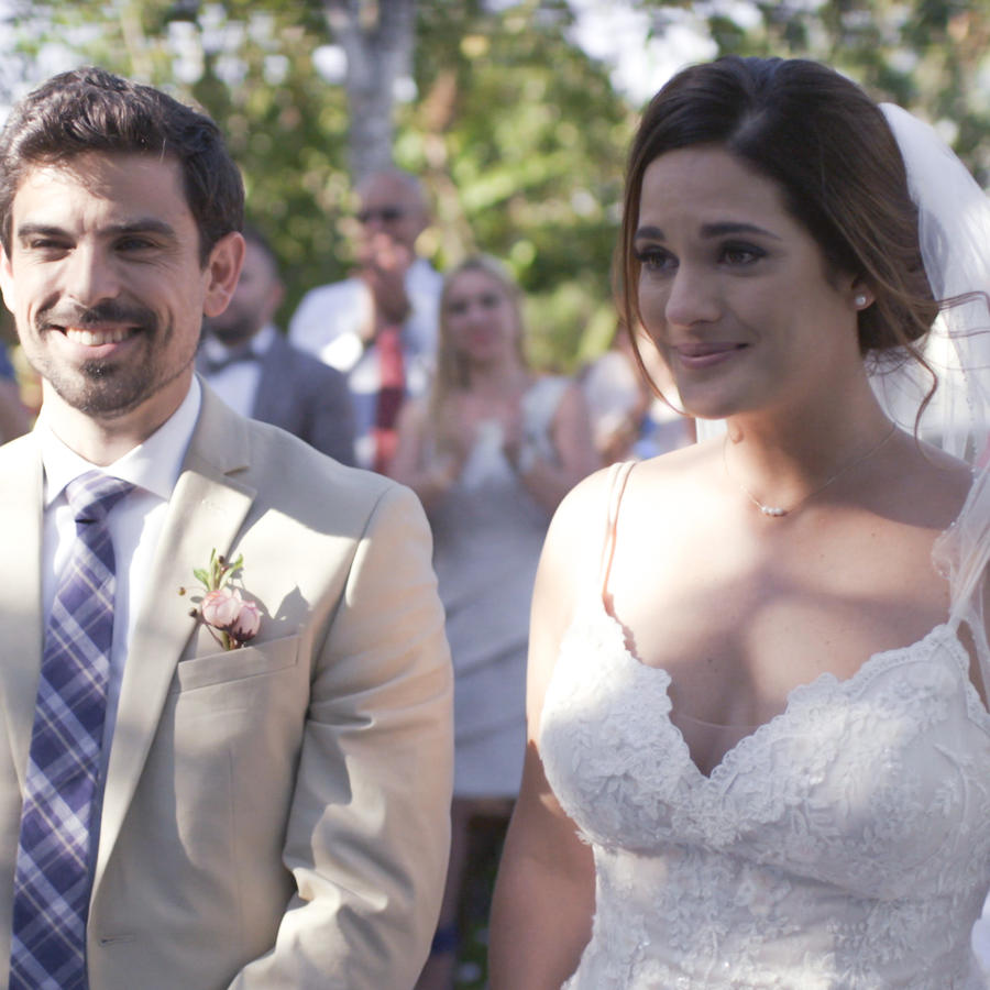 Sabrina Seara y Jorge Luis Moreno en Mi Familia Perfecta
