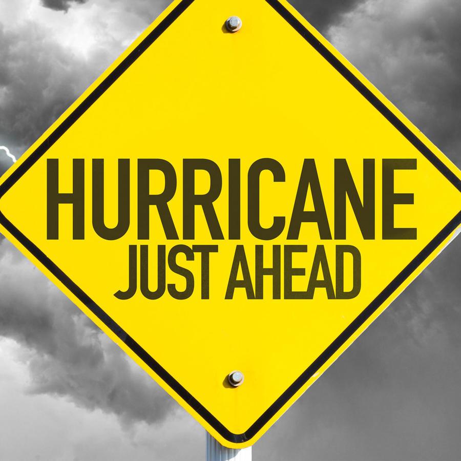 Cómo prepararse para la llegada de un huracán