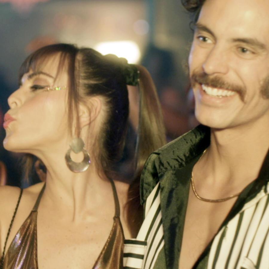 María Elisa Camargo y Francisco Angelini en El Barón