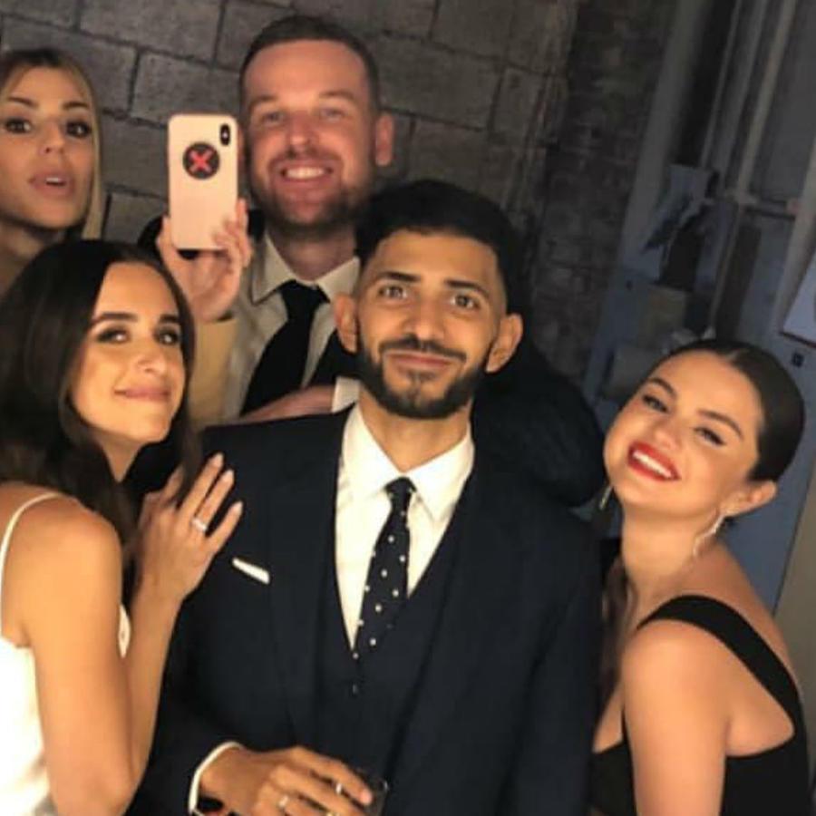 Selena Gomez en la boda de su mejor amiga