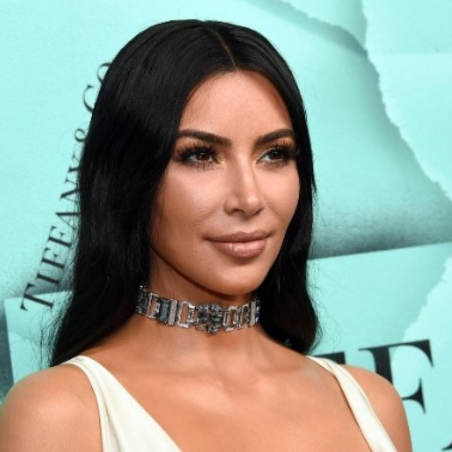 Kim Kardashian vestido blanco