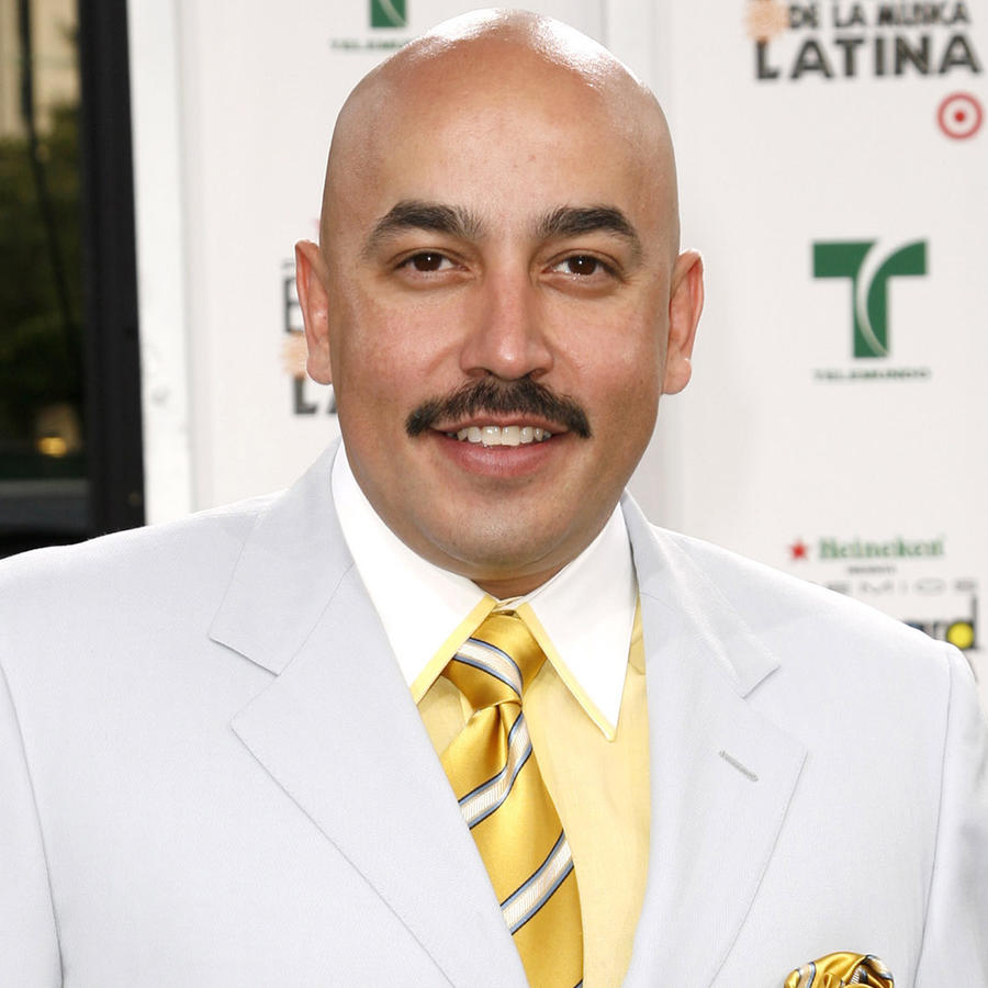 Lupillo Rivera llegando a la Billboard Latin Music Conference and Awards en 26 de abril de 2007