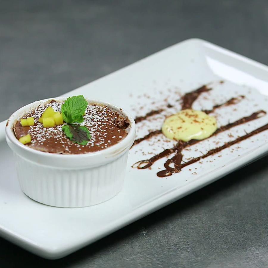 Soufflé de chocolate borimex en la gran final de MasterChef Latino 2